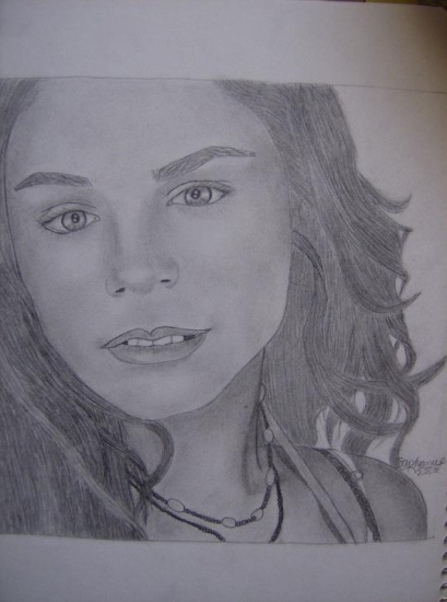 Vanessa Hudgens by StephanieP